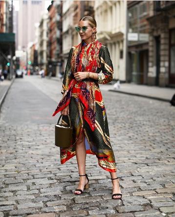 """Chiếc váy """"triệu phú"""" của Zara - Ảnh 1."""