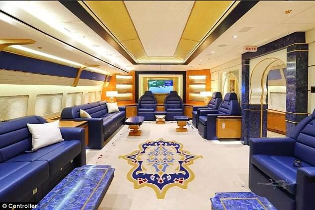 đầu tư giá trị - photo 1 15350317987061744859861 - Cận cảnh siêu phi cơ dát vàng, 10 phòng tắm của Hoàng gia Qatar đang được rao bán 650 triệu USD