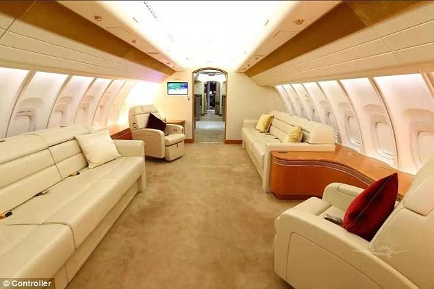 đầu tư giá trị - photo 4 15350317987201435800187 - Cận cảnh siêu phi cơ dát vàng, 10 phòng tắm của Hoàng gia Qatar đang được rao bán 650 triệu USD