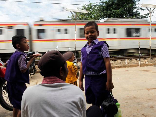 Ngày đầu tiên đi học của trẻ em trên khắp thế giới diễn ra như thế nào? - Ảnh 4.