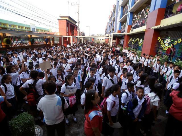 Ngày đầu tiên đi học của trẻ em trên khắp thế giới diễn ra như thế nào? - Ảnh 8.