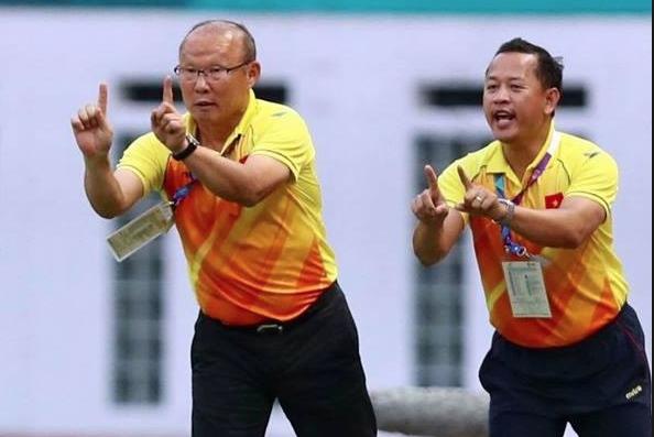 Trợ lý ông Park Hang Seo: Bóng đá đã chứng minh được người Việt chúng ta làm được tất cả chỉ cần đồng lòng, quyết tâm và nỗ lực - Ảnh 1.