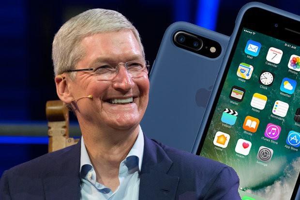 Đi một ngày làm, đủ tiêu cả năm: CEO Apple vừa đạt kỷ lục kiếm 3 triệu tỷ đồng chỉ trong 1 ngày làm việc - Ảnh 1.