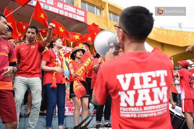 đầu tư giá trị - photo 103 1535548010123922126989 - CĐV bần thần trước thất bại của Olympic Việt Nam, nhưng vẫn tự hào vì những gì các cầu thủ đã làm được
