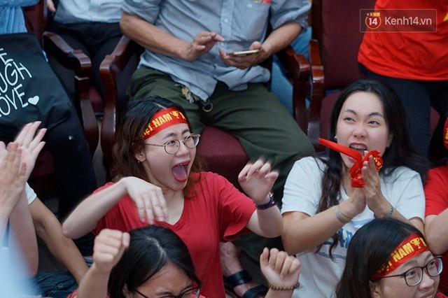 đầu tư giá trị - photo 11 15355480100191118294803 - CĐV bần thần trước thất bại của Olympic Việt Nam, nhưng vẫn tự hào vì những gì các cầu thủ đã làm được