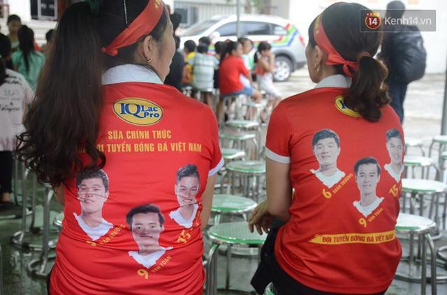 đầu tư giá trị - photo 116 15355480101411544083871 - CĐV bần thần trước thất bại của Olympic Việt Nam, nhưng vẫn tự hào vì những gì các cầu thủ đã làm được