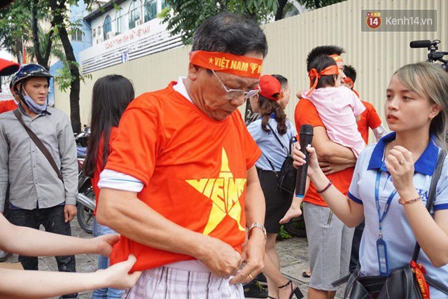 đầu tư giá trị - photo 126 1535548010152842902381 - CĐV bần thần trước thất bại của Olympic Việt Nam, nhưng vẫn tự hào vì những gì các cầu thủ đã làm được