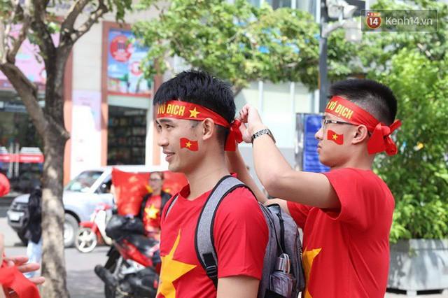 đầu tư giá trị - photo 132 15355480101611471465481 - CĐV bần thần trước thất bại của Olympic Việt Nam, nhưng vẫn tự hào vì những gì các cầu thủ đã làm được