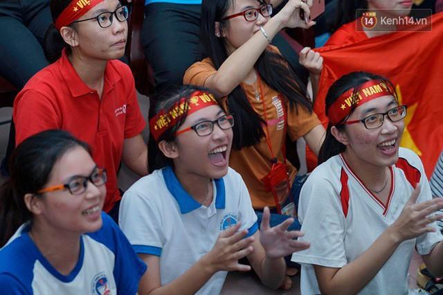 đầu tư giá trị - photo 14 15355480100211153994843 - CĐV bần thần trước thất bại của Olympic Việt Nam, nhưng vẫn tự hào vì những gì các cầu thủ đã làm được