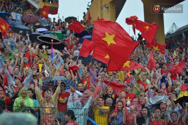 đầu tư giá trị - photo 17 15355480100241883783664 - CĐV bần thần trước thất bại của Olympic Việt Nam, nhưng vẫn tự hào vì những gì các cầu thủ đã làm được