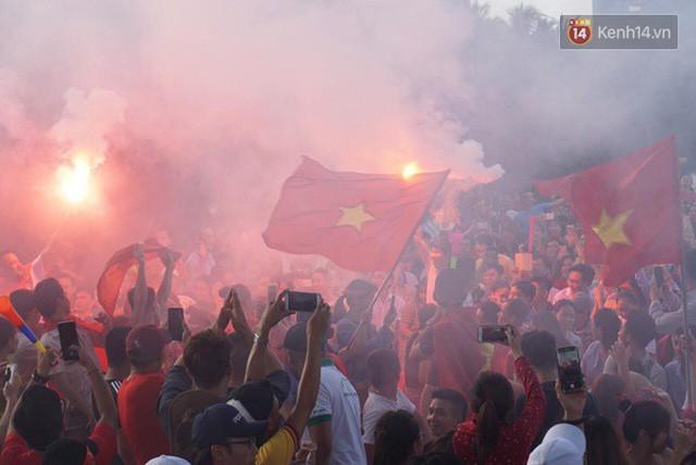 đầu tư giá trị - photo 28 15355480100311512848143 - CĐV bần thần trước thất bại của Olympic Việt Nam, nhưng vẫn tự hào vì những gì các cầu thủ đã làm được