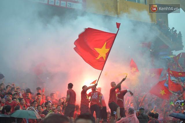 đầu tư giá trị - photo 36 15355480100391093143307 - CĐV bần thần trước thất bại của Olympic Việt Nam, nhưng vẫn tự hào vì những gì các cầu thủ đã làm được