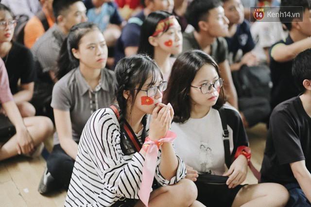 đầu tư giá trị - photo 39 15355480100422088930577 - CĐV bần thần trước thất bại của Olympic Việt Nam, nhưng vẫn tự hào vì những gì các cầu thủ đã làm được