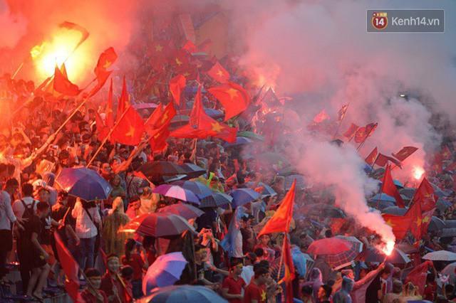 đầu tư giá trị - photo 48 15355480100521434530561 - CĐV bần thần trước thất bại của Olympic Việt Nam, nhưng vẫn tự hào vì những gì các cầu thủ đã làm được