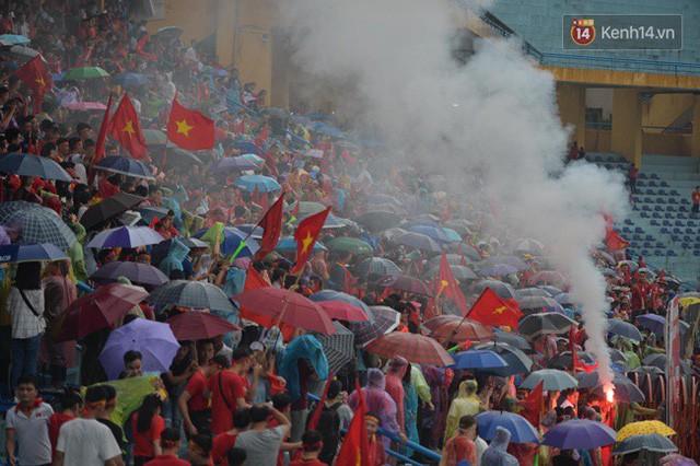 đầu tư giá trị - photo 49 1535548010052199812889 - CĐV bần thần trước thất bại của Olympic Việt Nam, nhưng vẫn tự hào vì những gì các cầu thủ đã làm được