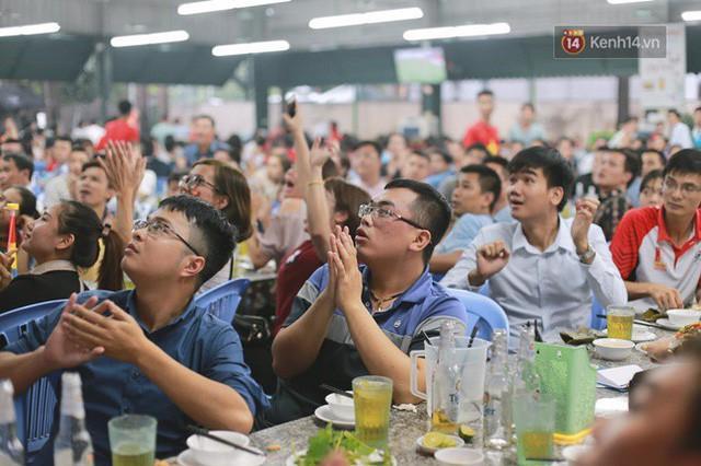 đầu tư giá trị - photo 53 15355480100581210654643 - CĐV bần thần trước thất bại của Olympic Việt Nam, nhưng vẫn tự hào vì những gì các cầu thủ đã làm được