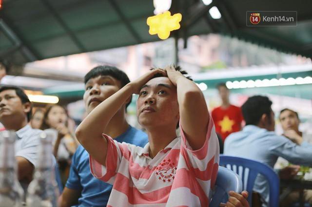 đầu tư giá trị - photo 55 15355480100591009363925 - CĐV bần thần trước thất bại của Olympic Việt Nam, nhưng vẫn tự hào vì những gì các cầu thủ đã làm được