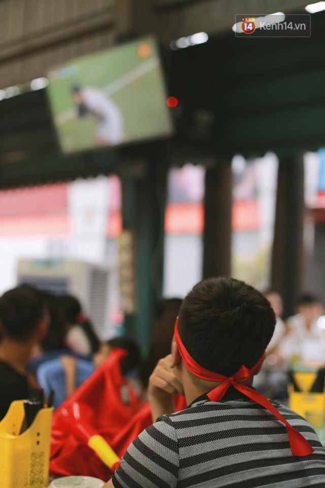 đầu tư giá trị - photo 57 15355480100612129660500 - CĐV bần thần trước thất bại của Olympic Việt Nam, nhưng vẫn tự hào vì những gì các cầu thủ đã làm được