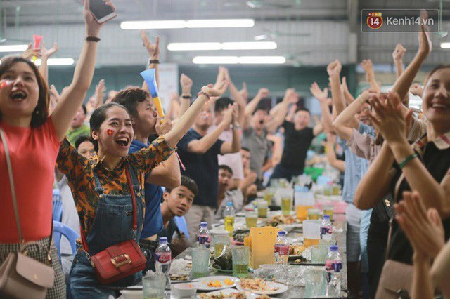 đầu tư giá trị - photo 6 153554801001466885069 - CĐV bần thần trước thất bại của Olympic Việt Nam, nhưng vẫn tự hào vì những gì các cầu thủ đã làm được
