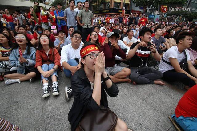 đầu tư giá trị - photo 65 1535548010071312971556 - CĐV bần thần trước thất bại của Olympic Việt Nam, nhưng vẫn tự hào vì những gì các cầu thủ đã làm được