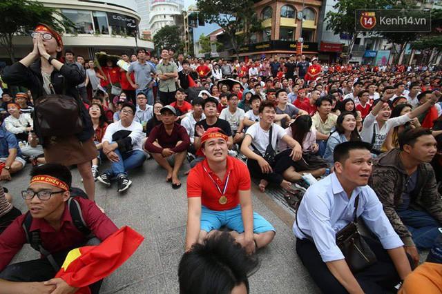 đầu tư giá trị - photo 66 15355480100731434043261 - CĐV bần thần trước thất bại của Olympic Việt Nam, nhưng vẫn tự hào vì những gì các cầu thủ đã làm được