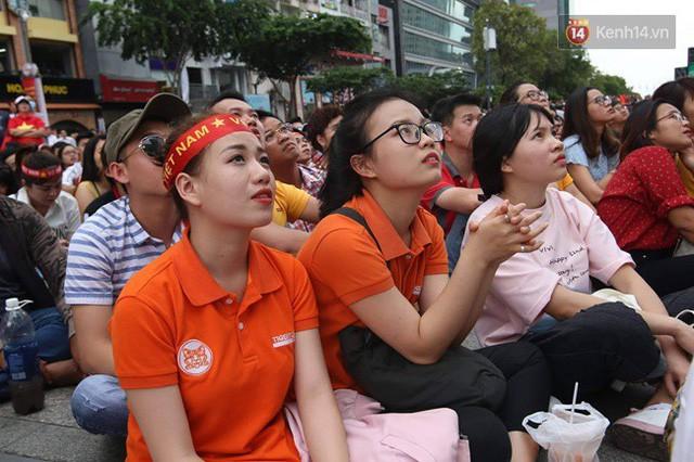 đầu tư giá trị - photo 67 1535548010074569850136 - CĐV bần thần trước thất bại của Olympic Việt Nam, nhưng vẫn tự hào vì những gì các cầu thủ đã làm được