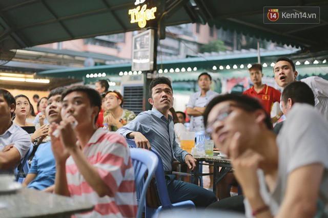 đầu tư giá trị - photo 7 1535548010015909118709 - CĐV bần thần trước thất bại của Olympic Việt Nam, nhưng vẫn tự hào vì những gì các cầu thủ đã làm được