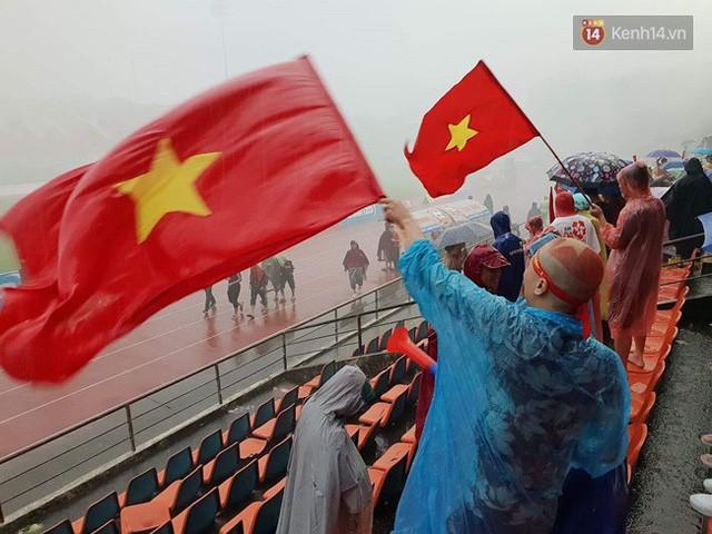 đầu tư giá trị - photo 72 15355480100802120443798 - CĐV bần thần trước thất bại của Olympic Việt Nam, nhưng vẫn tự hào vì những gì các cầu thủ đã làm được