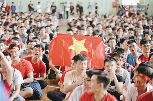 đầu tư giá trị - photo 78 15355480100891010829302 - CĐV bần thần trước thất bại của Olympic Việt Nam, nhưng vẫn tự hào vì những gì các cầu thủ đã làm được