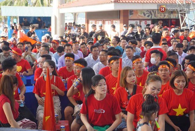 đầu tư giá trị - photo 81 15355480100931170474036 - CĐV bần thần trước thất bại của Olympic Việt Nam, nhưng vẫn tự hào vì những gì các cầu thủ đã làm được