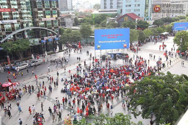 đầu tư giá trị - photo 90 15355480101061536947418 - CĐV bần thần trước thất bại của Olympic Việt Nam, nhưng vẫn tự hào vì những gì các cầu thủ đã làm được