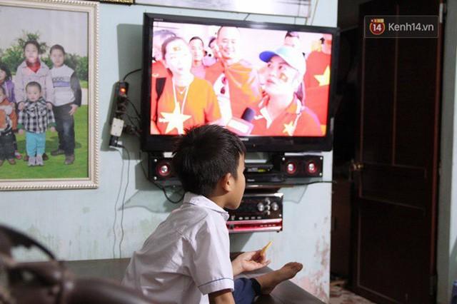 đầu tư giá trị - photo 92 1535548010110879379235 - CĐV bần thần trước thất bại của Olympic Việt Nam, nhưng vẫn tự hào vì những gì các cầu thủ đã làm được