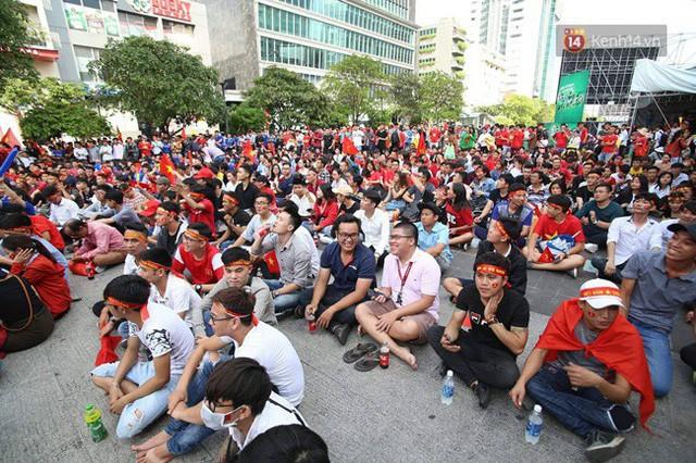 đầu tư giá trị - photo 93 1535548010111637306582 - CĐV bần thần trước thất bại của Olympic Việt Nam, nhưng vẫn tự hào vì những gì các cầu thủ đã làm được