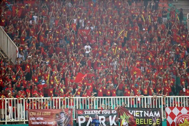 VFF cảnh báo nhiều doanh nghiệp lợi dụng thương hiệu U23 Việt Nam để trục lợi - Ảnh 1.