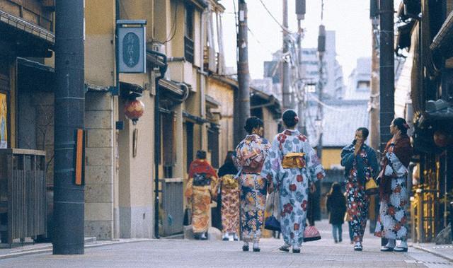 Bộ ảnh ở Kyoto này sẽ cho bạn thấy một Nhật Bản rất khác: Bình yên, dịu dàng và đẹp như những thước phim điện ảnh - Ảnh 25.