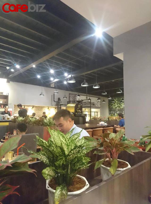 Bên trong quán cafe King Coffee của vợ vua cà phê Trung Nguyên có gì? - Ảnh 6.