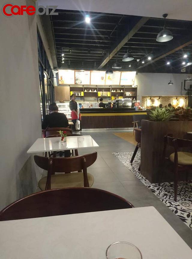 Bên trong quán cafe King Coffee của vợ vua cà phê Trung Nguyên có gì? - Ảnh 5.
