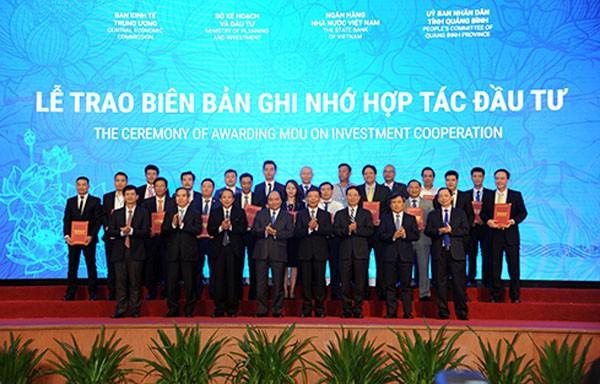 BIDV cùng 5 ngân hàng cam kết tài trợ 34.000 tỷ đồng cho 10 doanh nghiệp Quảng Bình - Ảnh 1.