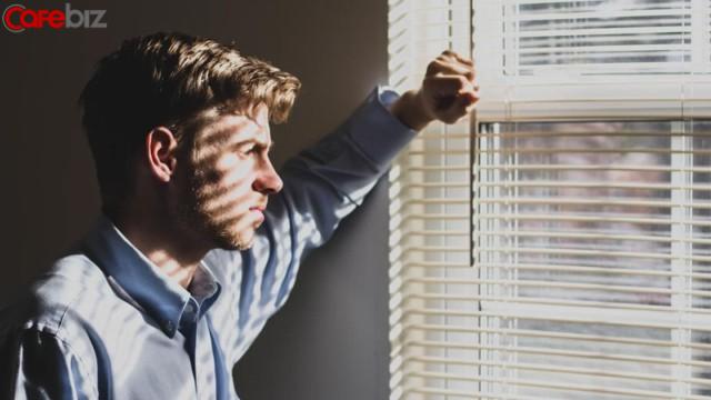 35 tuổi: Giỏi đến mấy vẫn có nỗi sợ bị mất việc, không có trong tay 3 năng lực này thì cũng nên xác định thất nghiệp dần thôi! - Ảnh 1.