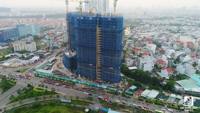 Xây dựng Hòa Bình bán cổ phần 3 dự án trong nước, mở rộng hoạt động sang Myanmar, Kuwait và Trung Đông - Ảnh 1.