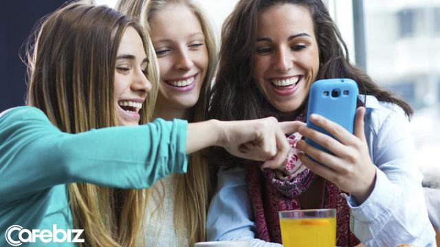 Nghiên cứu khẳng định: Phụ nữ càng chụp nhiều ảnh tự sướng sẽ càng nhiều tiền! - Ảnh 2.