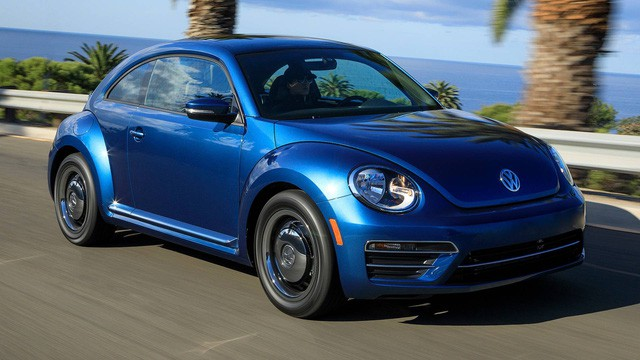 Volkswagen Beetle ngừng sản xuất: Tạm biệt một huyền thoại - Ảnh 1.
