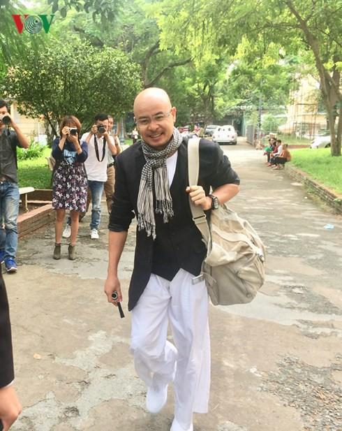 Sài Gòn tuần qua có gì: Từ chuyện ông chủ Trung Nguyên tới phiên tòa hòa giải lần 3 đến rapper Tiến Đạt kêu cứu vì bị thu hồi đất - Ảnh 1.