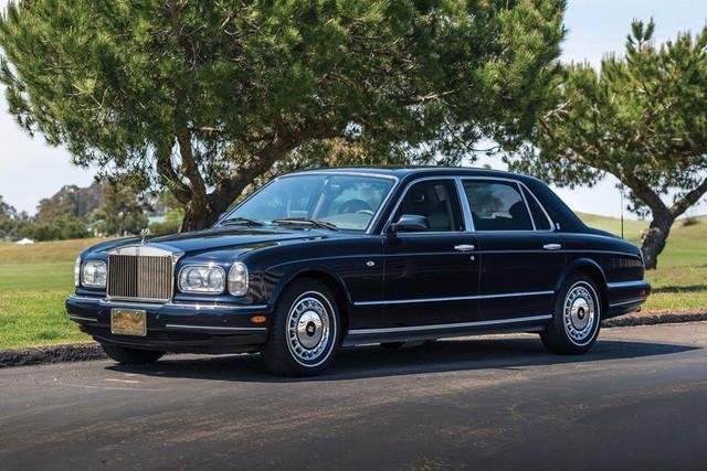 Đại gia rao bán cùng lúc 11 xe Rolls-Royce, Bentley, giá rẻ nhất từ 80.000 USD - Ảnh 2.