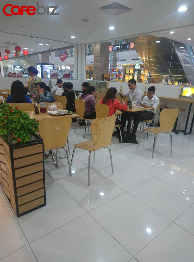 Thị trường Trưa nay ăn gì của dân công sở - cuộc chiến giữa Vinmart+, 7-Eleven, Circle K, Saigon Food, nhưng đối thủ mạnh nhất lại là quán cơm vỉa hè! - Ảnh 6.