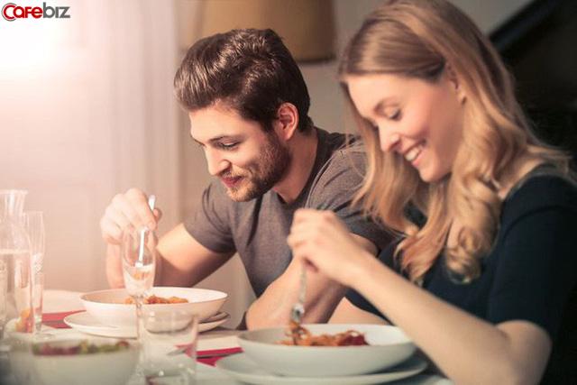 5 nhân tố trắc nghiệm xem bạn có vui vẻ sống qua 80 tuổi hay không - Ảnh 1.