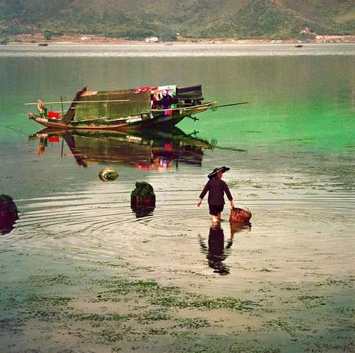 Ảnh đẹp về cuộc sống thường ngày ở Hong Kong những năm 1970 - Ảnh 2.