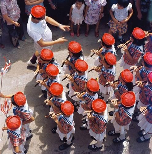 Ảnh đẹp về cuộc sống thường ngày ở Hong Kong những năm 1970 - Ảnh 13.