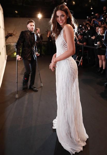 """đầu tư giá trị - photo 3 1537752496341575697115 - Beckham và Victoria là quá khứ rồi, đây mới là 4 cặp đôi với gu thời trang """"bá đạo"""" trong mùa World Cup 2018"""