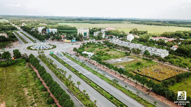 Khu đô thị mới Nhơn Trạch hiện giờ ra sao sau 5 lần sốt đất? - Ảnh 2.